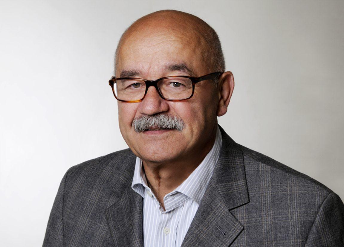 <h4>Karl-Josef Heinrichs</h4> <p>Dipl.-Ing Architekt, Beratender Ingenieur, BDB</p> <p>Staatl. anerk. Sachverständiger für Schall- u. Wärmeschutz</p> <p>Ruhestand seit 2013</p>